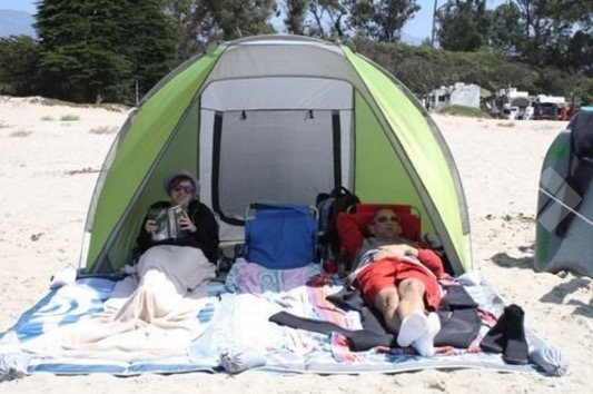 best beach tent reviews 2016 & We Review The Best Beach Sunshelters Of 2017