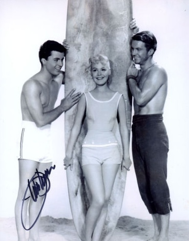 James-Darren-Gidget-james-darren-16002043-387-494