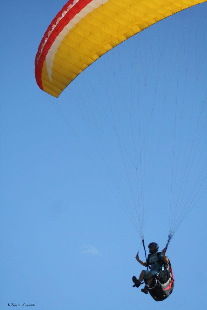 parasailing wing