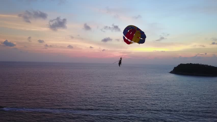 what is parasailing like