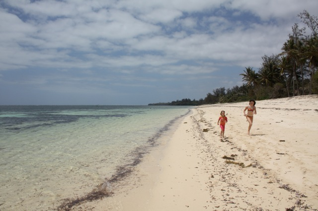 kuruwitu-beach