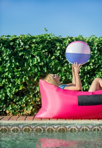 chillbo baggins inflatable lounger review