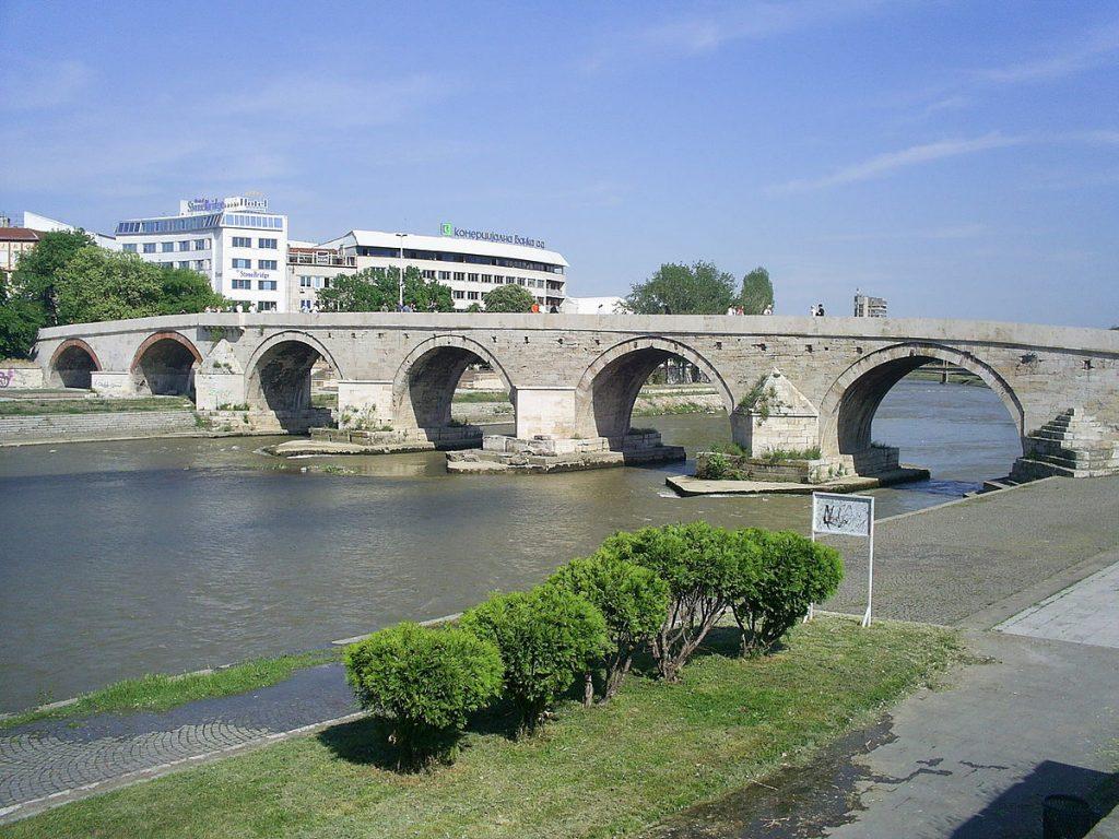 stone bridge kamen most