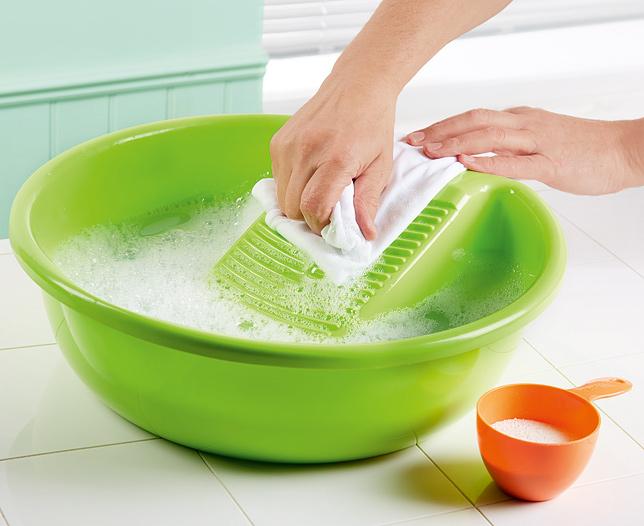 handwashing tanning mitt