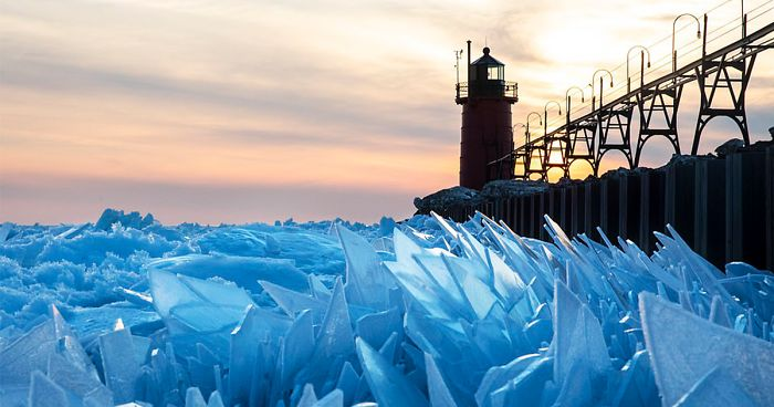 ice-shards-frozen-lake-michigan-fb__700-png